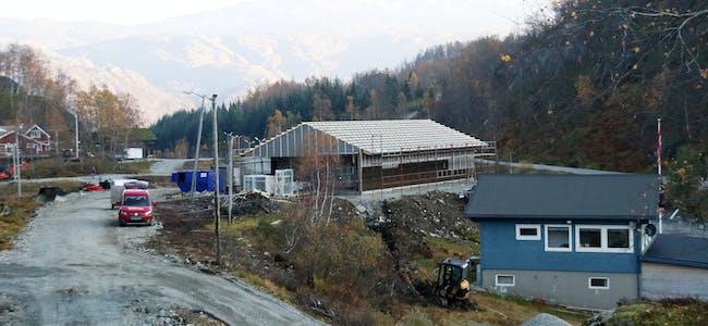 Sauda Idrettslag gav i 2018 langrennsanlegget i Slettedalen eit solid løft med ny lysløypetrase og nytt klubbhus/kafeteria.