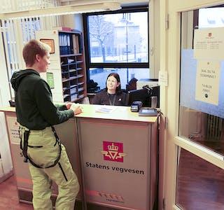 Statens vegvesen sitt Sauda-kontor har base på Rådhuset. Katrine Tungland er tilsett ved kontoret.