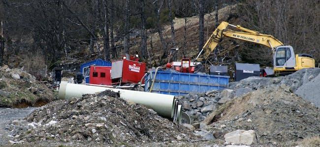Det er igjen full stopp i småkraftutbygginga i Risvollelva.