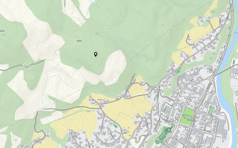 Formannskapet vil ha dagsturhytte ved Hådlå (svart merke) i Fløgstadåsen.
