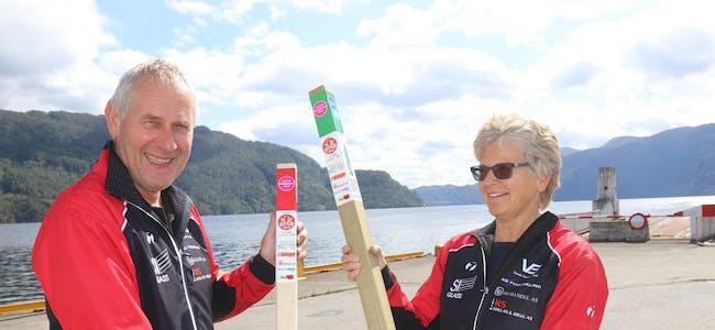 Ekteparet Jon Ove og Kjellfrid Mehus ivrar for Stolpejakten. Nå skal 20 stolpar settast ut i Saudasjøen-området.