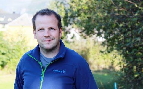 Ordførar Asbjørn Birkeland reagerer på at verken Statsforvaltaren i Rogaland, Helsedirektoratet eller Sivilombodet vil gi kommunen klare svar i skeivfordelingssaka.